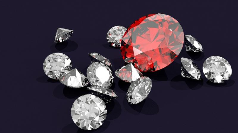 Diamonds – How You Can Determine If A Gemstone Is Fake Or Real