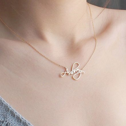 The Timeless Elegance Of The Name Necklace